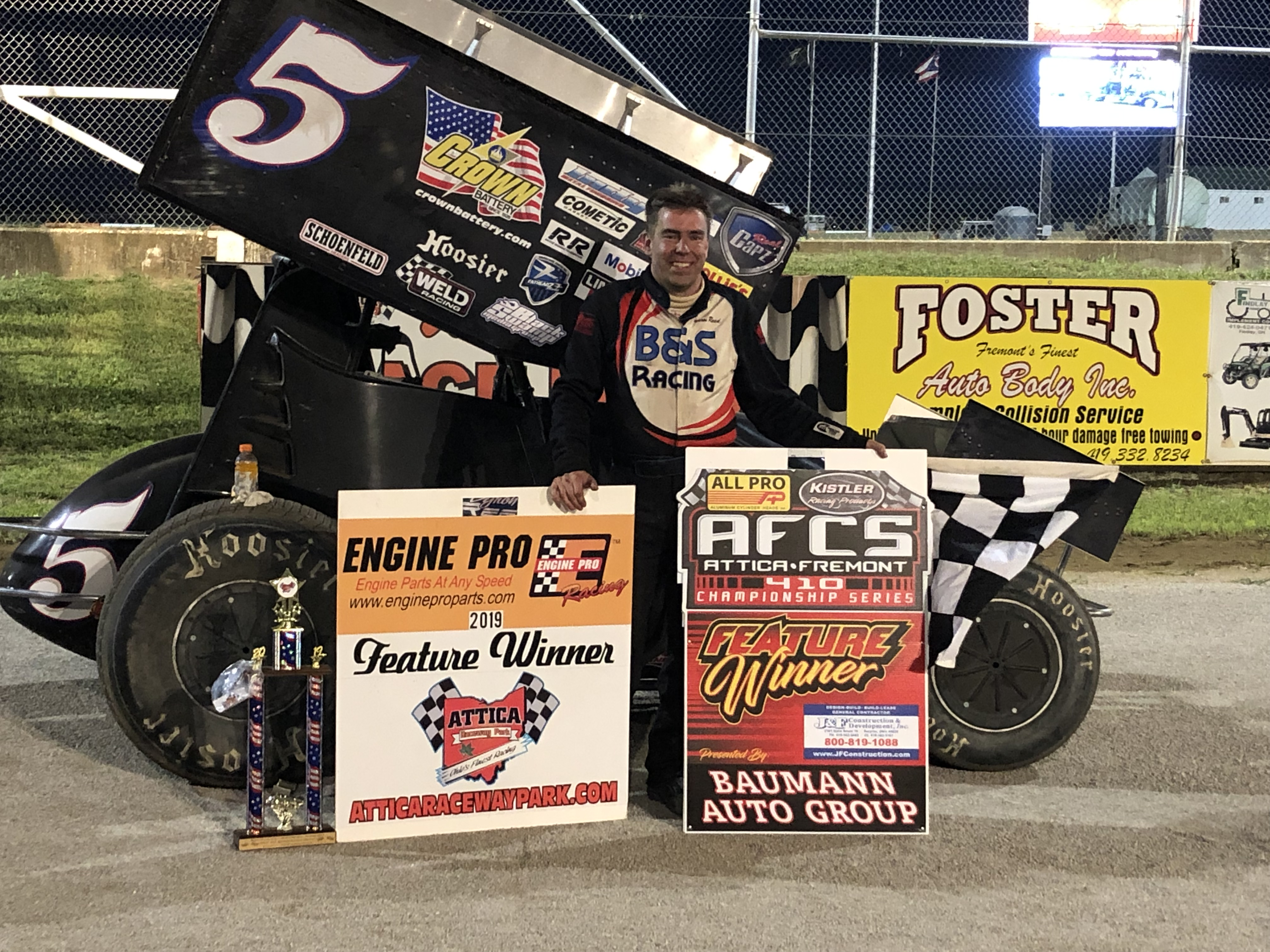 Reed holds off Schuerenberg for AFCS 410 win at Attica
